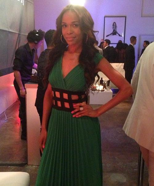 Michelle_Williams_Fondren_Fashion_House_Open-Waist-Green_Dress