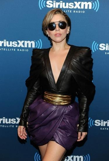 Lady_Gaga_Fall_2013_Balmain_Collection