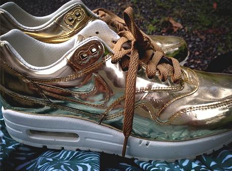 Beyonce-Nike-Air-Max-1-Liquid-Gold-Sneakers