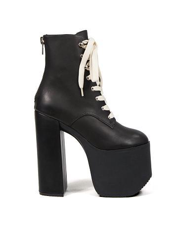 unif_salem_boots