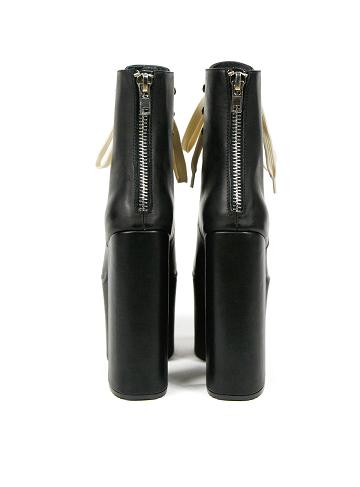 unif_salem_boots_2